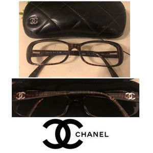 Chanel NEW UNISEX eyeglasses and case never worn